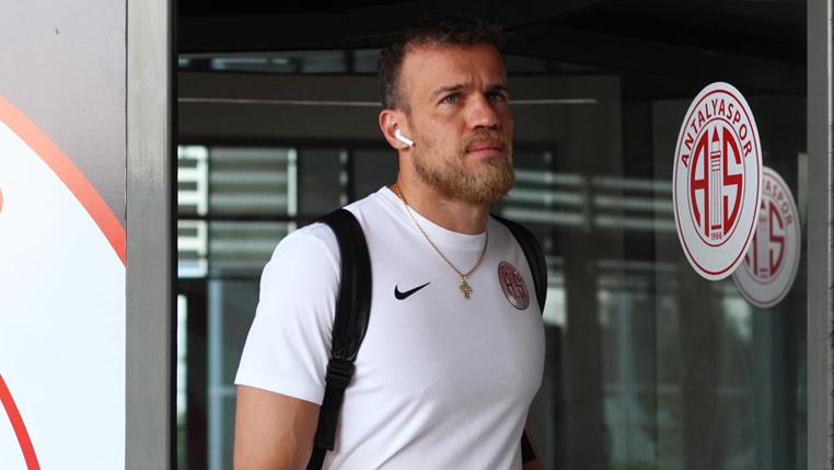 Após recuperação e sequência histórica na Turquia, Chico avalia rodadas finais da Süper Lig