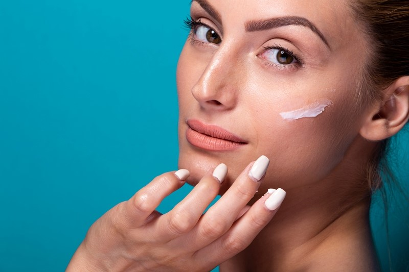 Cuidados com a pele: inverno é a estação ideal para combater o melasma