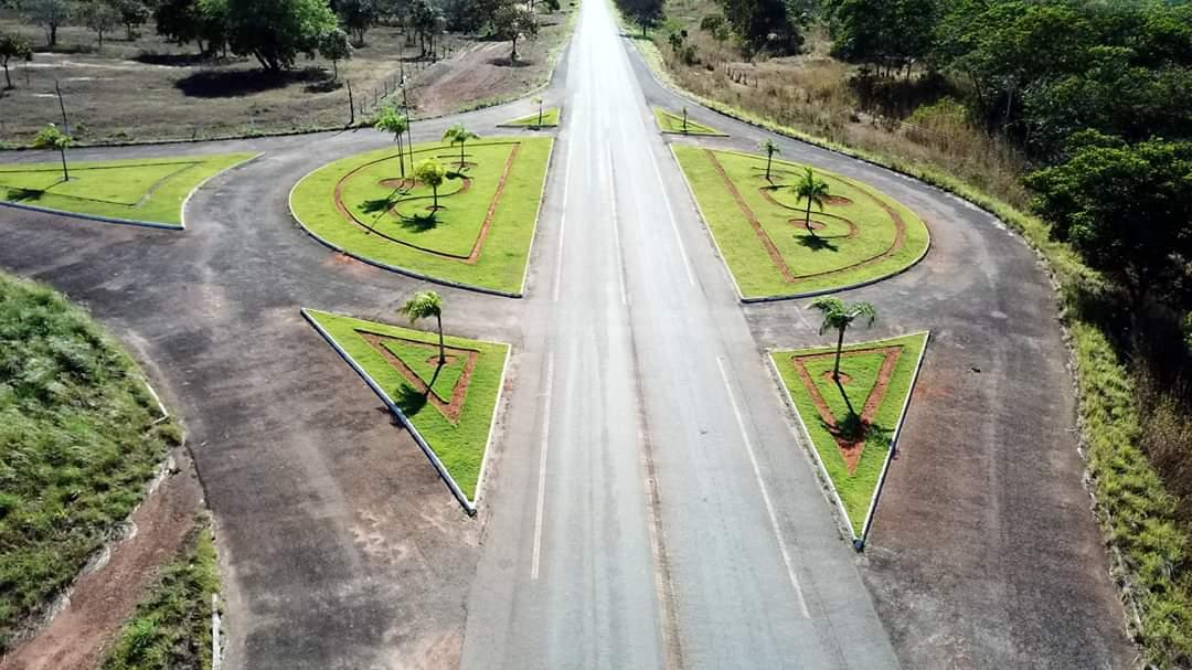 Prefeitura de Pium revitaliza rotatórias nas entradas da cidade