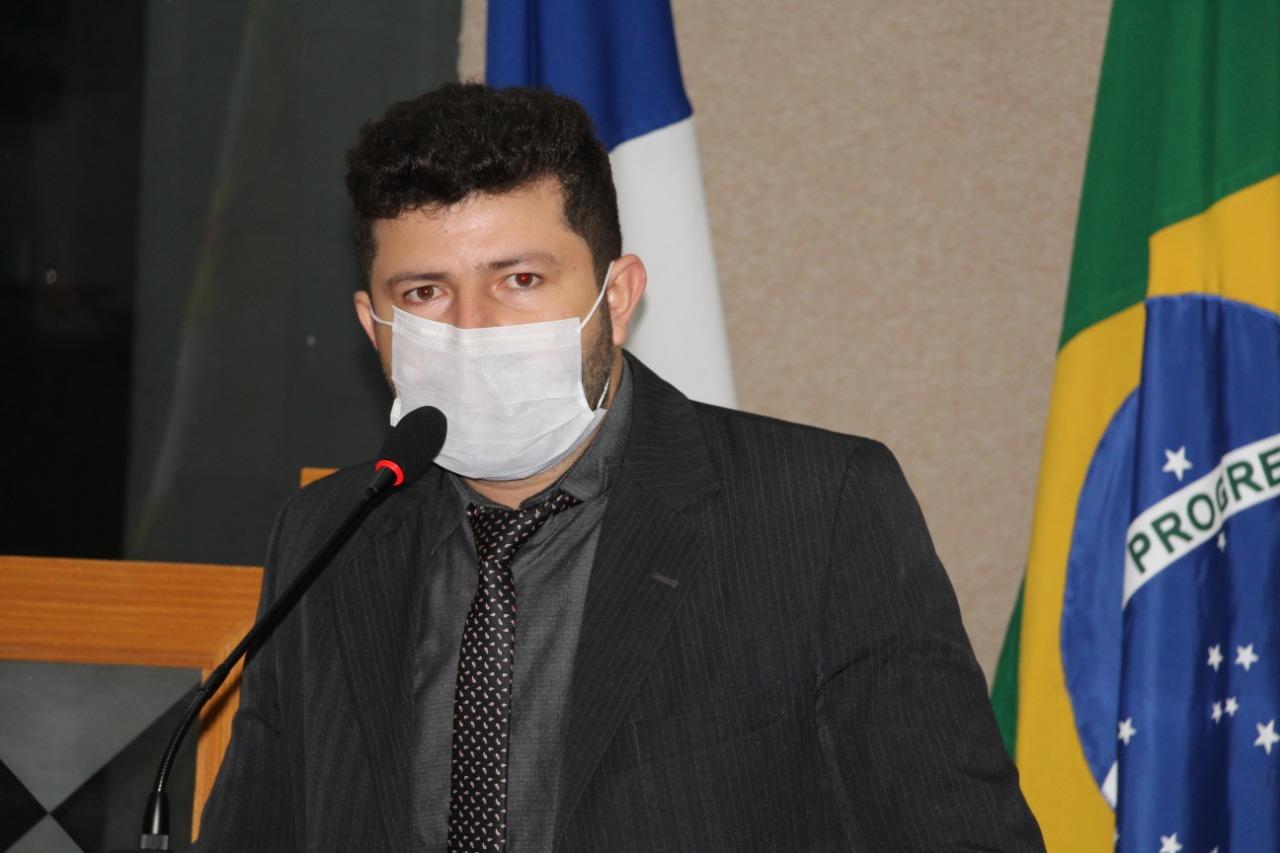 Mesmo em isolamento domiciliar, Vereador Ataíde Rodrigues inicia segundo semestre Legislativo aprovando várias propostas para o controle da Covid-19 em Paraíso