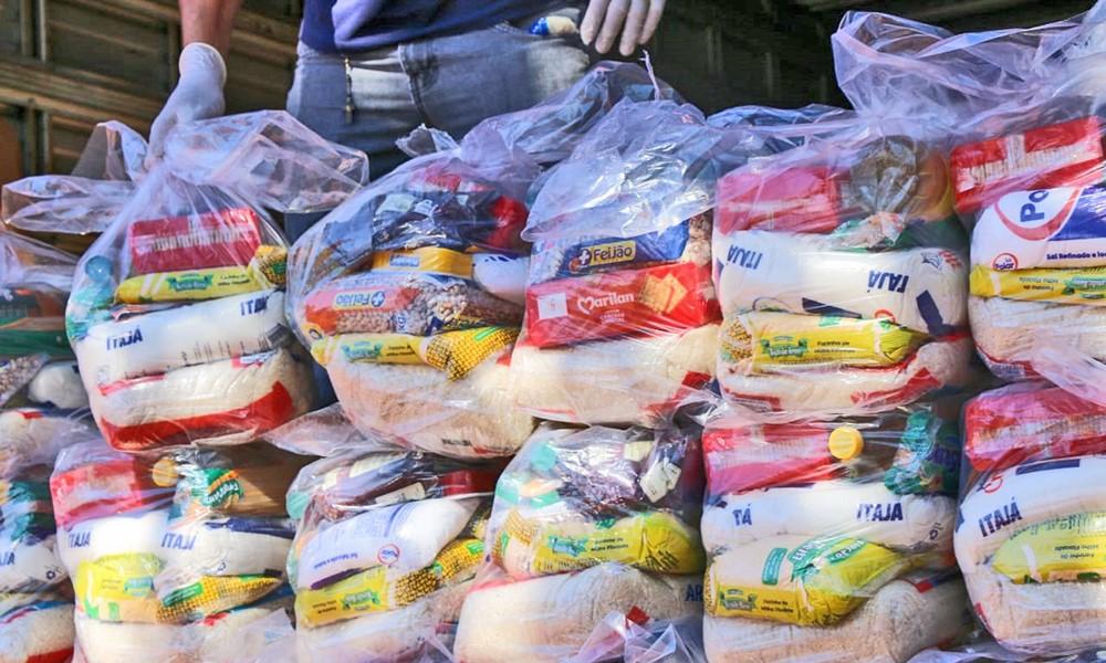 Governo do Tocantins inicia mais uma etapa de entrega de cestas atendendo mais 4 mil famílias