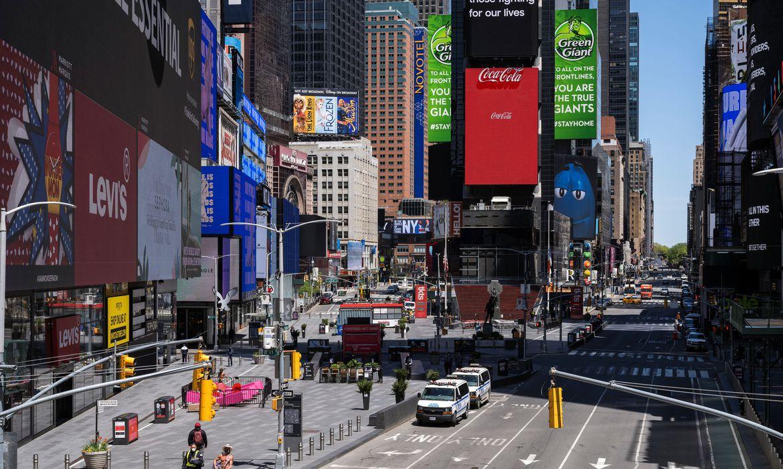 Nova York reforça fiscalização de quarentena