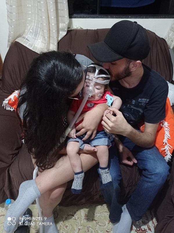 Mãe faz apelo para ajudar filho com atrofia muscular espinhal (AME)