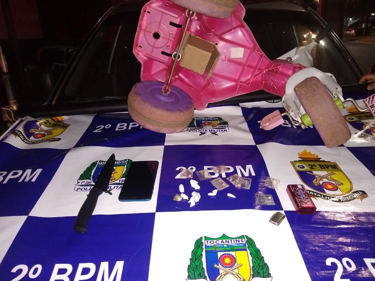 Três homens e uma mulher são presos por tráfico de drogas em Araguaína; suspeitos carregavam entorpecentes debaixo de velocípede