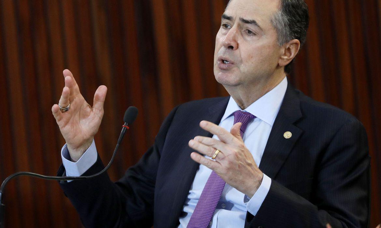 Barroso pede a candidatos que sigam alertas para evitar covid-19