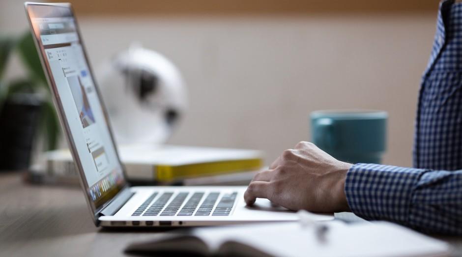 Quais são os riscos à sua privacidade online?