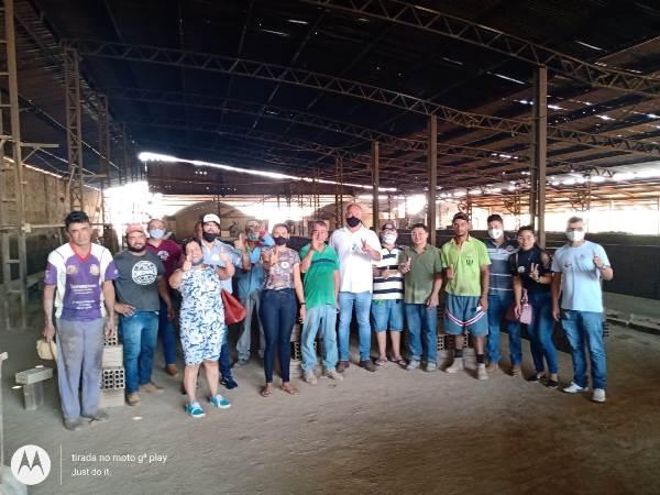 Flavão Rodrigues visita cerâmicas e fala de propostas para a indústria de Divinópolis