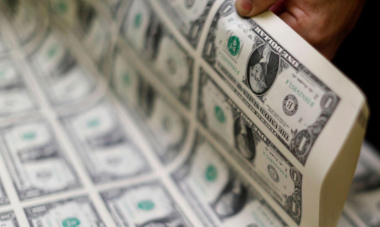 Dólar sobe para R$ 5,43, com cenário externo
