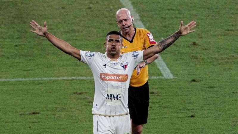 Com gol olímpico, Fluminense bate o Internacional de virada no Beira-Rio