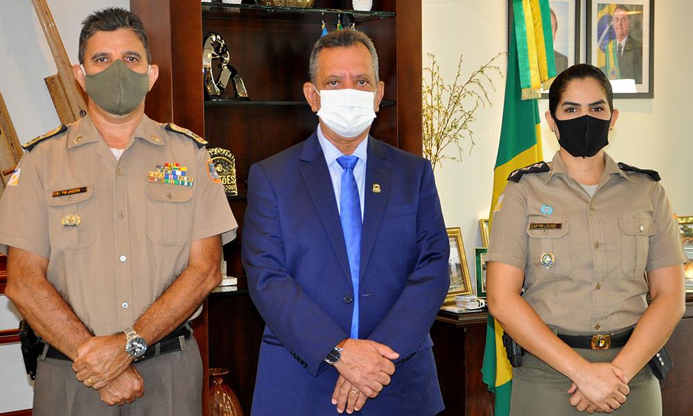Governador em exercício recebe primeira militar do Tocantins selecionada para Missão de Paz da ONU