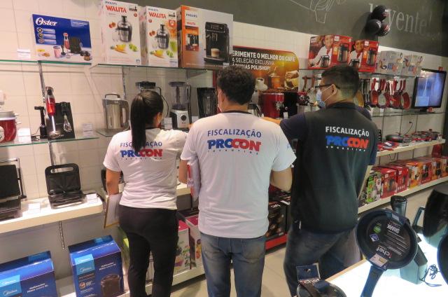 Procon Tocantins esclarece dúvidas referente a troca de produtos comprados no Black Friday