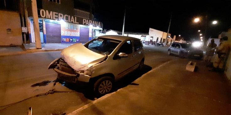 Acidente de trânsito no perímetro urbano de Paraíso deixa veículo destruído