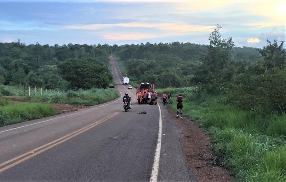 Acidente na TO-447 deixa ciclista gravemente ferida na saída oeste de Paraíso