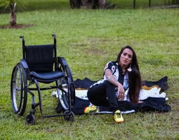 Talita Reis arrasa como primeira cadeirante candidata a Musa do Brasileirão