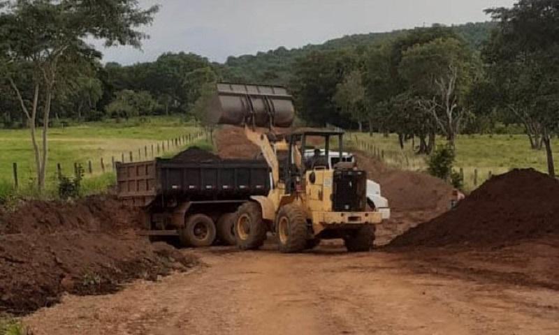 Governo do Tocantins intensifica obras de melhorias na TO-239, entre Presidente Kennedy e Itaporã