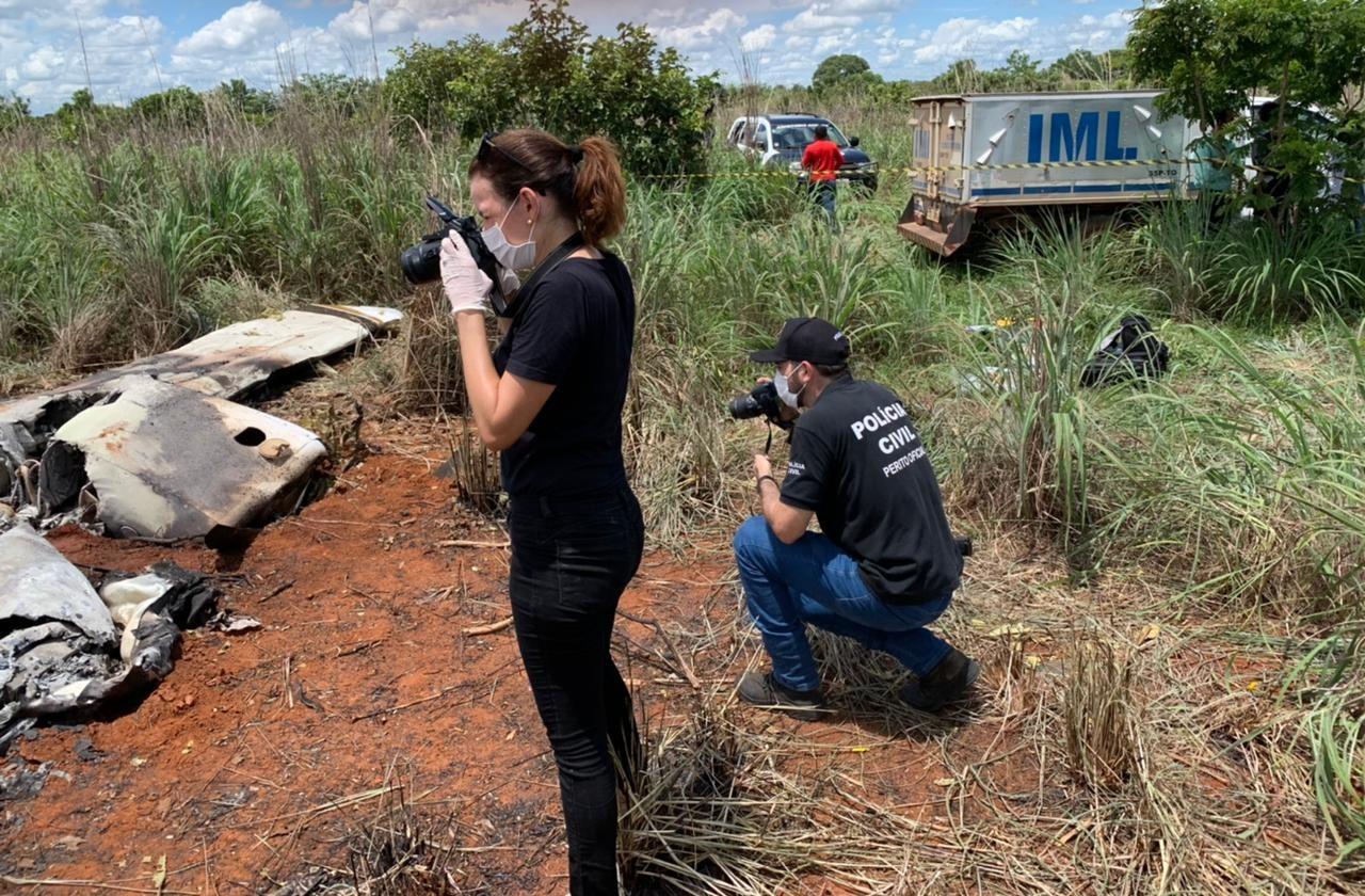 Em ação concentrada, peritos oficiais e odontolegistas do IML Tocantins identificaram em cinco horas os corpos das vítimas do acidente aéreo