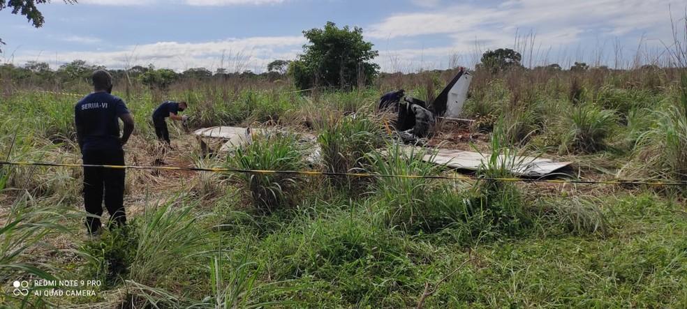 Investigadores da Força Aérea Brasileira visitam local da queda de avião com delegação do Palmas