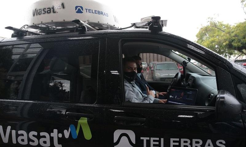 MCom apresenta protótipo de internet móvel via satélite para veículos