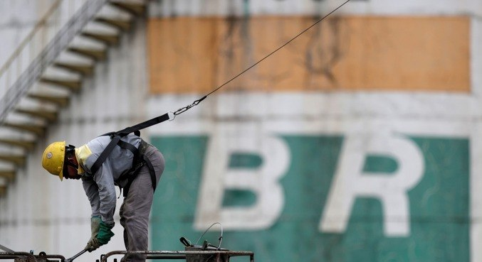Quatro conselheiros da Petrobras decidem deixar o cargo