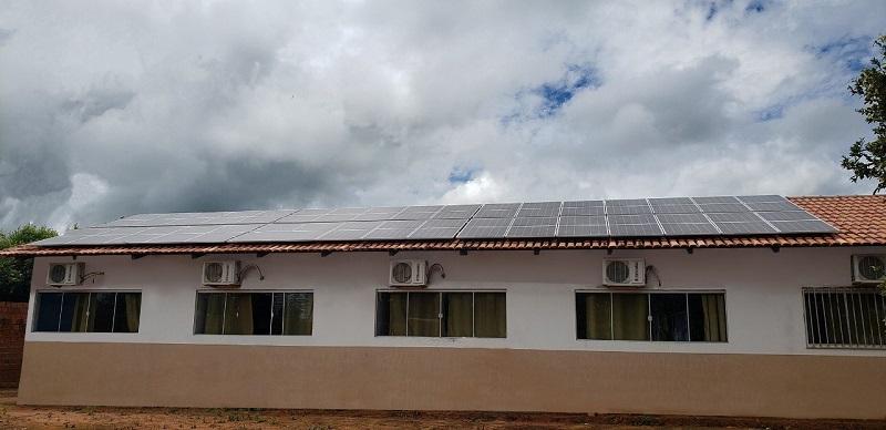 Apae de Nova Olinda tem sistema de energia solar instalado com emenda do deputado Issam Saado