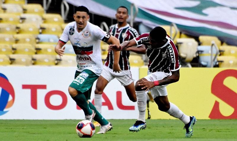 Portuguesa apronta contra outro grande e bate Fluminense no Carioca