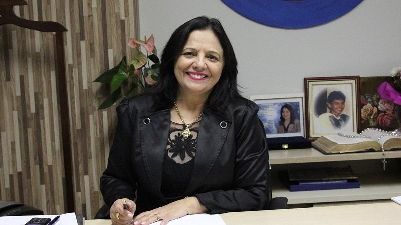 Deputada Valderez parabeniza mulheres tocantinenses e destaca ações