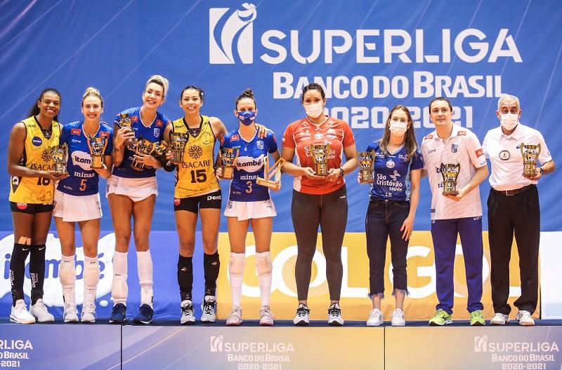 Camila Brait: trocaria o troféu de melhor líbero pelo título de campeão da Superliga para Osasco