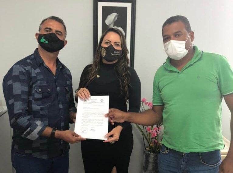 Prefeito de Nova Rosalândia participa de audiência com diretora do Instituto de Identificação do Tocantins