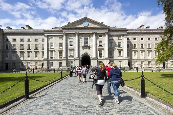 Escola Irlandesa oferece 100 bolsas de intercâmbio no exterior exclusiva para brasileiros