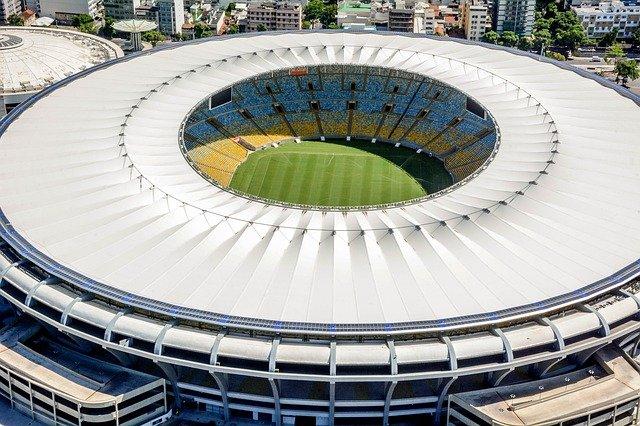 Governador do Rio veta mudança de nome do estádio Maracanã