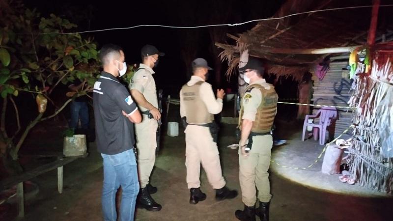 Suspeito de espancar mulher até a morte no norte do Estado se entrega à polícia