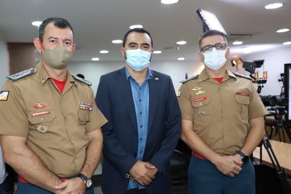 Vice-governador destaca importância e compromisso dos policiais e bombeiros militares durante promoções