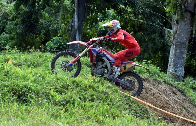 Equipe Honda Racing vence abertura do Brasileiro de Enduro em Itapema (SC)