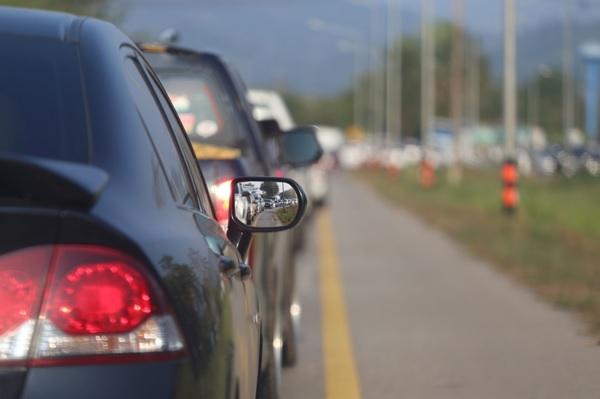 Documento de trânsito vencido pode gerar multa e apreensão do veículo