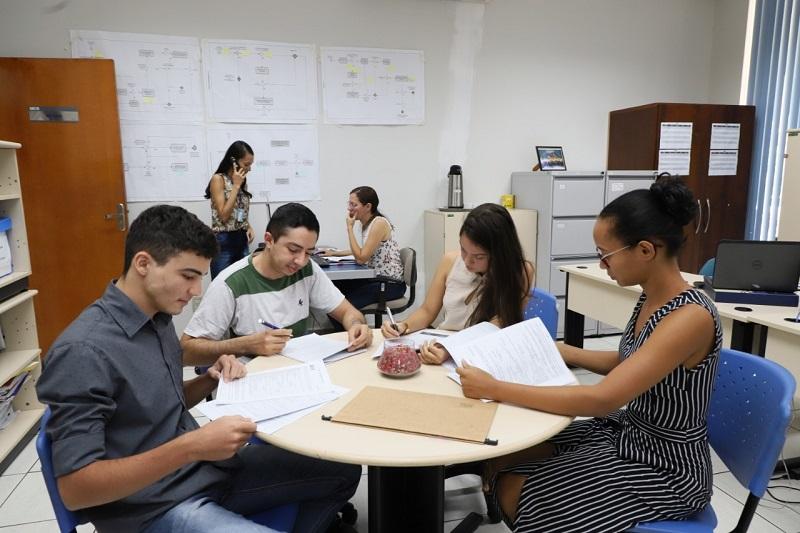 IEL divulga 20 novas vagas de estágio em 5 municípios do Tocantins