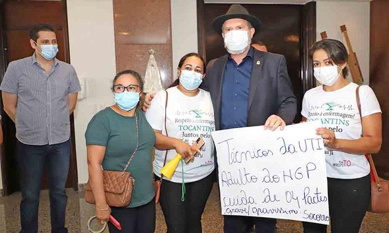 Governador Carlesse recebe representantes da enfermagem e destaca apoio ao PL que fixa piso salarial e jornada de trabalho para a categoria