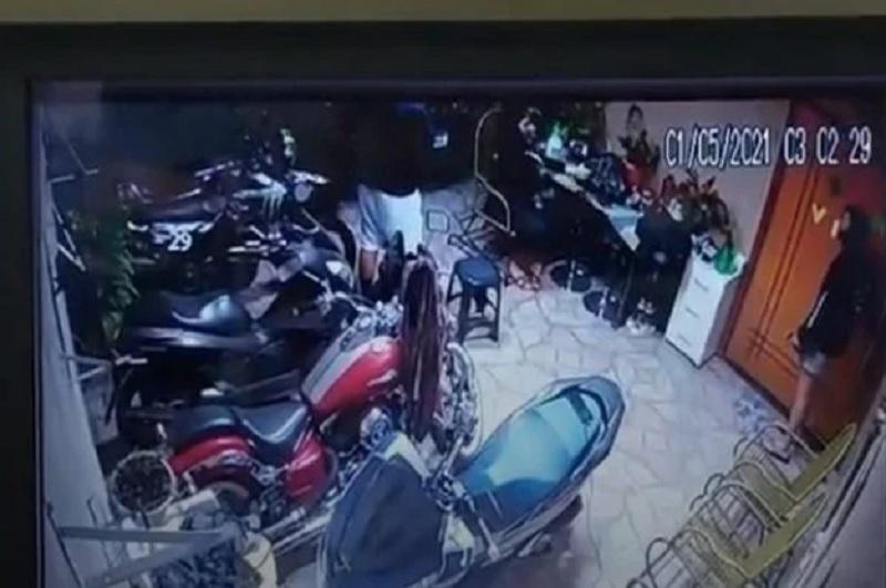 Vídeo mostra momento em que mulher mata namorado com tiro acidental no DF