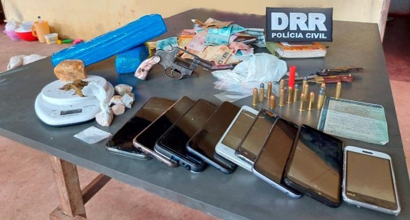 Polícia Civil desarticula ponto de venda de drogas e prende dois suspeitos por tráfico em Araguaína