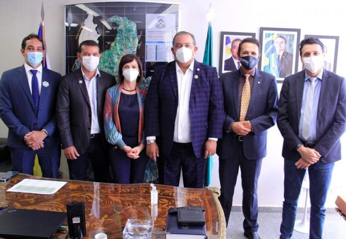 Prefeito de Marianópolis comemora conquista de recursos para realização de cirurgias eletivas