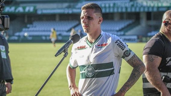 Eficiente na bola parada, Angelo dá assistência no primeiro jogo da final e foca em nova decisão da Copa do Brasil Sub-20
