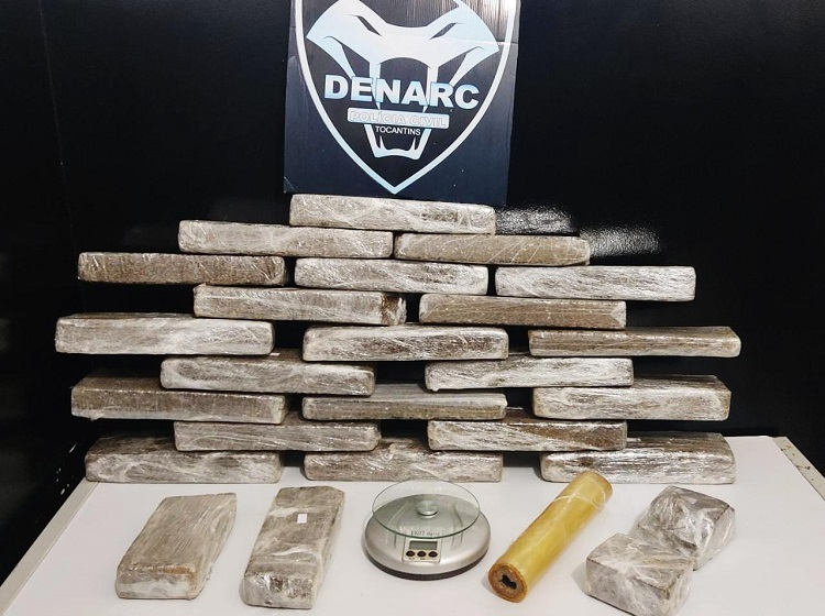 Denarc de Palmas apreende 25kg de drogas e prende traficante