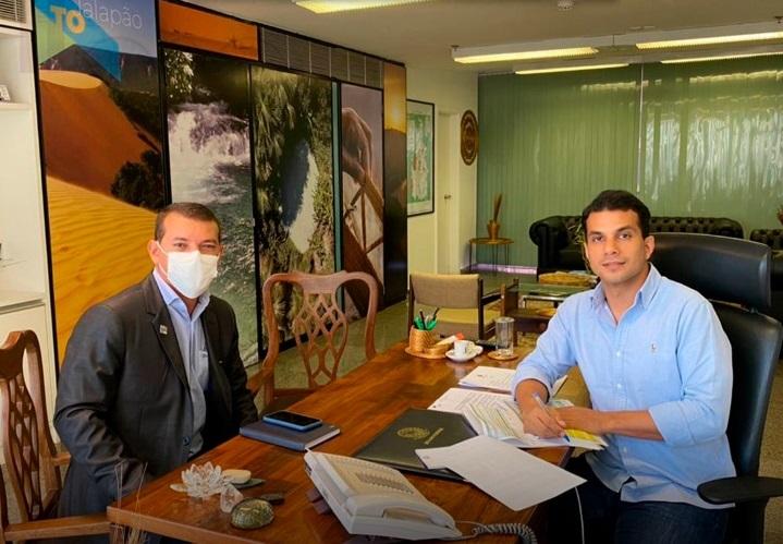Em visita a Brasília, prefeito Isaias Piagem anuncia captação recursos para Marianópolis