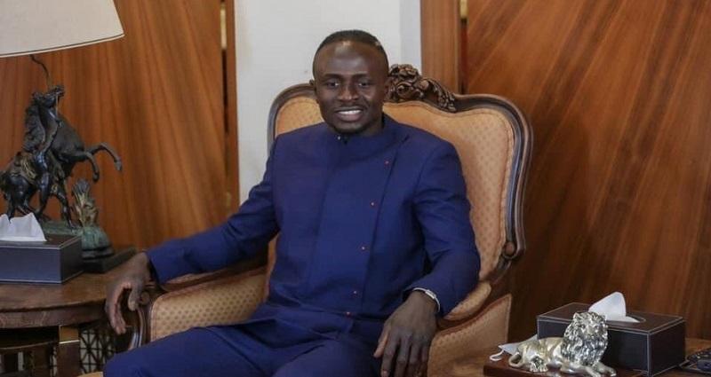 Mané doa R$ 3 milhões para construção de hospital no Senegal
