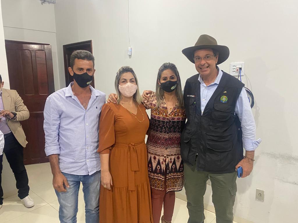 Prefeita de Goianorte participa de visita do ministro do Turismo a Colinas