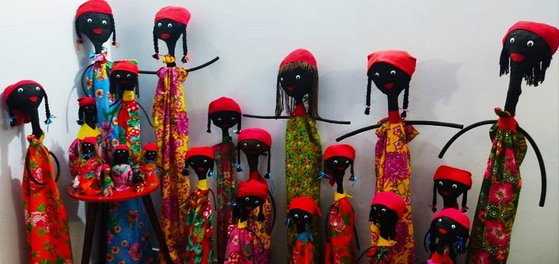 Escritora tocantinense leva conhecimento por meio de suas bonecas contadoras de histórias