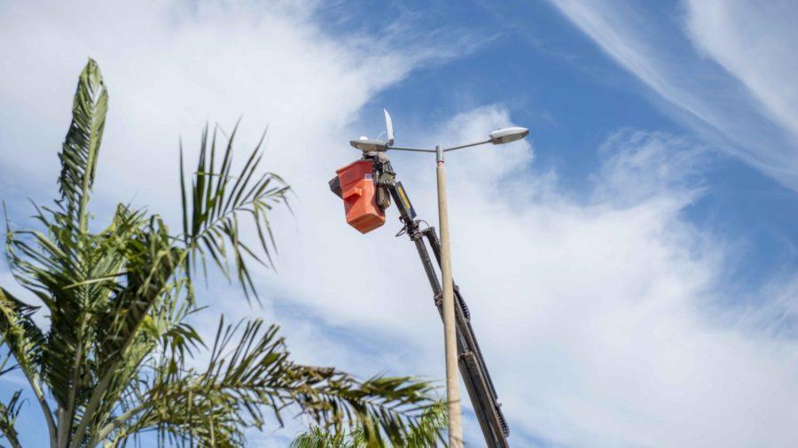 Manutenção de iluminação pública atende ASR-SE 105 e Arsos 106 e 132 em Palmas do Tocantins