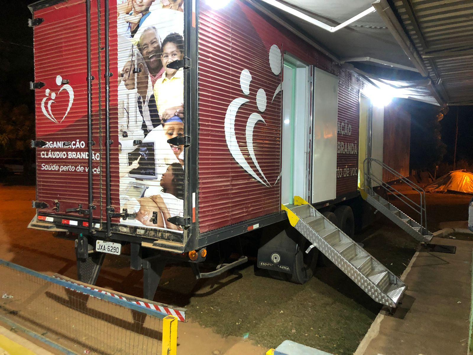 Caminhão da Saúde oferece consulta médica e exames de imagem gratuitos em Piracanjuba