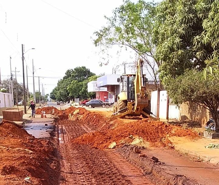 Município investe R$ 967 mil em obras viárias na LO-31 e nos setores Sul, Jardim Aureny III e IV
