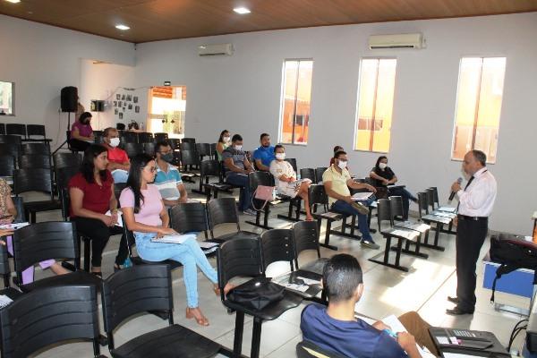 Servidores da Prefeitura de Dois Irmãos participam de curso sobre Nova Lei de Licitações