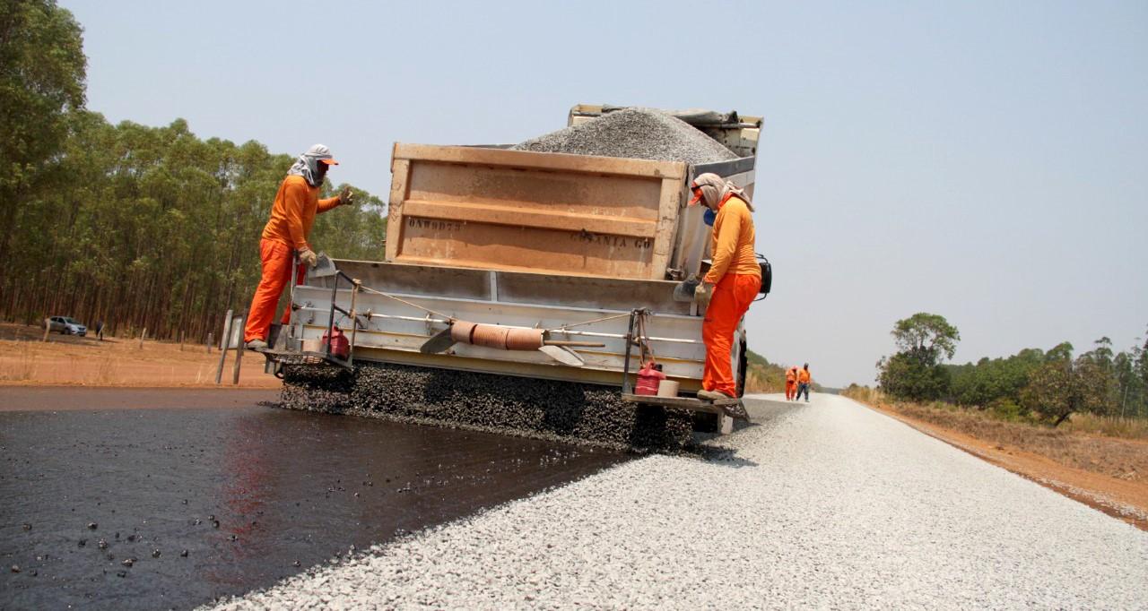 Governo do Tocantins restaura rodovia entre Brejinho e Aliança e população aprova iniciativa